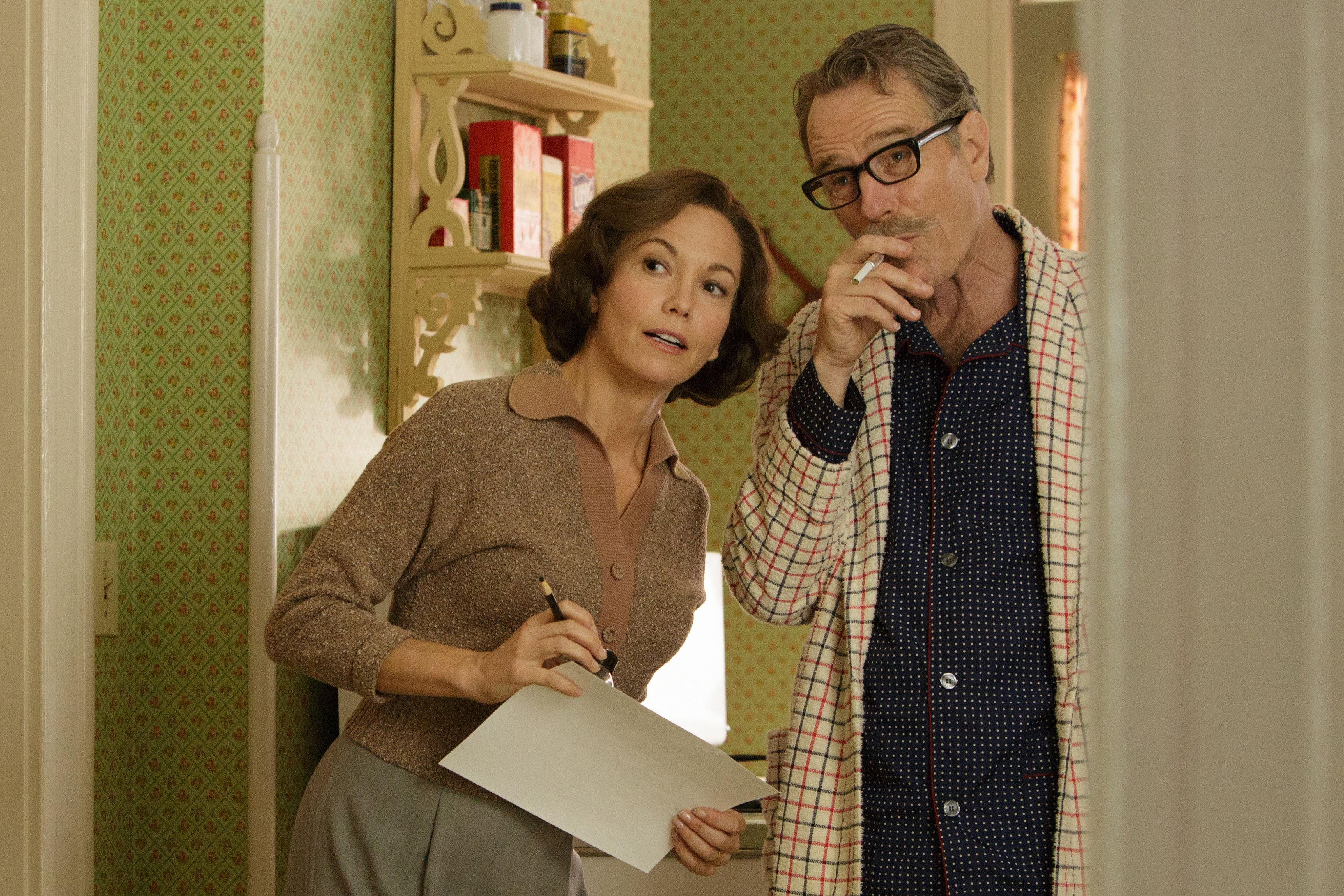 trumbo-bryan-cranston-and-ensemble-shine-in-an-uneven-film-692543