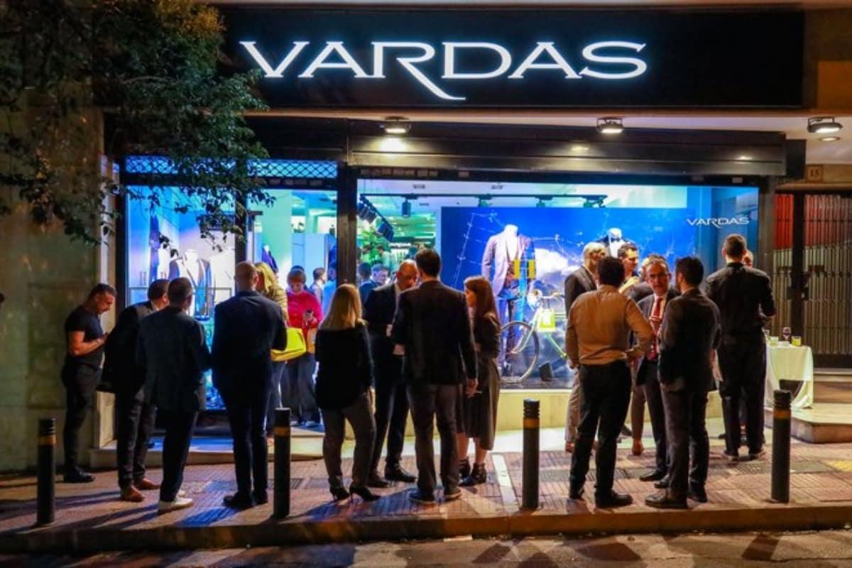 Harris Davlas x Vardas Made to Measure Event   Mikrofwno.gr