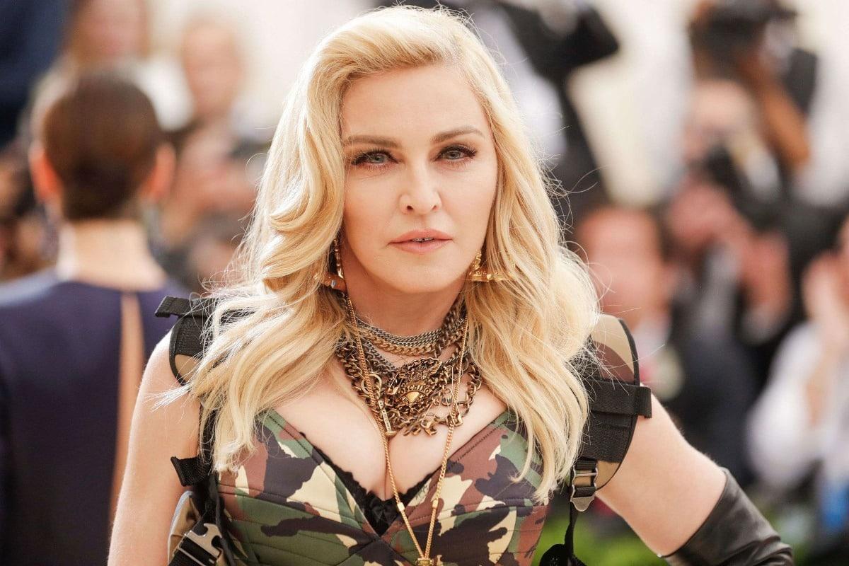 Η Μαντόνα θα κάνει τη ζωή της ταινία   Mikrofwno.gr